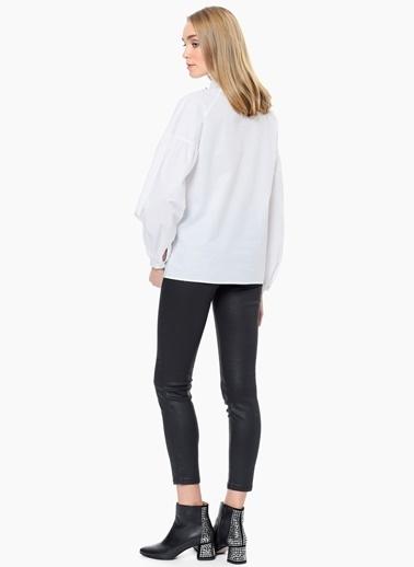 Que Uzun Kollu Gömlek Beyaz